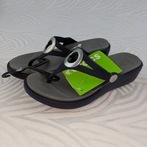 Crocs Womens Sanrah Wedge Shoes Womens 4